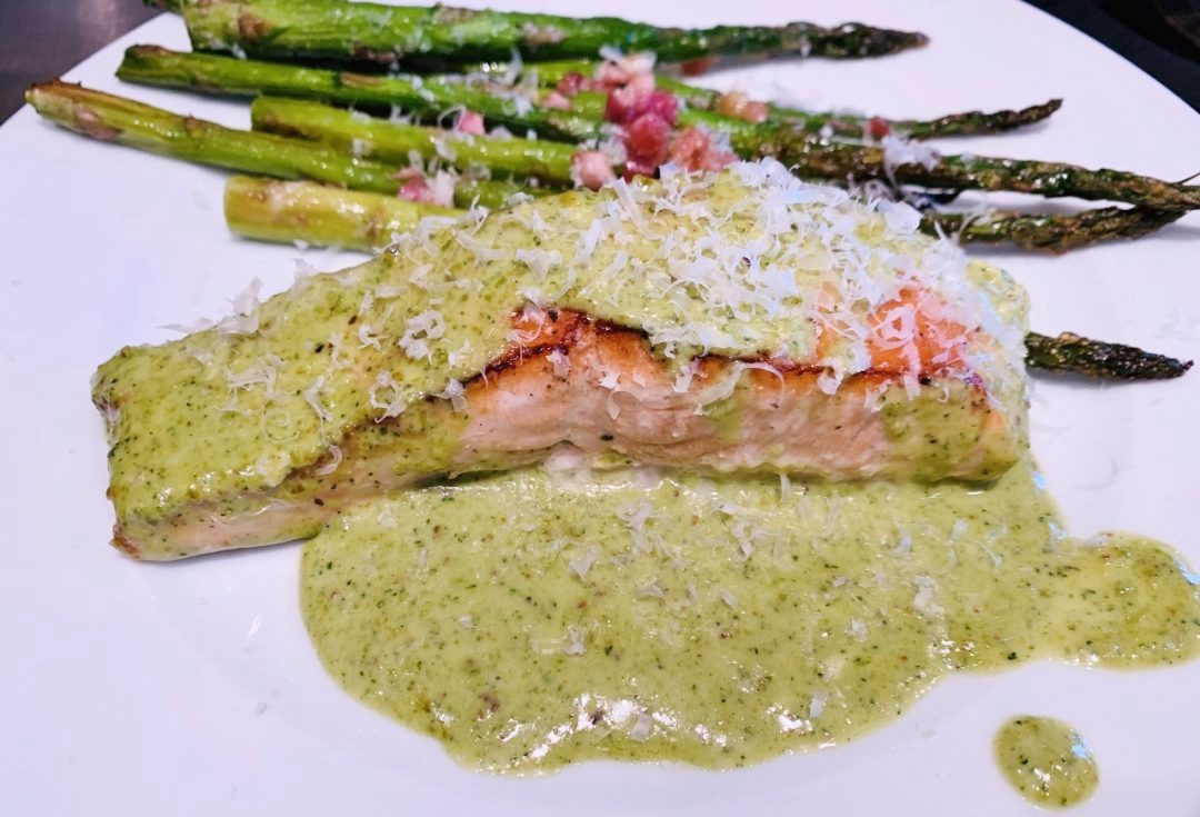 4-Ingredient Creamy Pesto Salmon – Recipe! Image 1