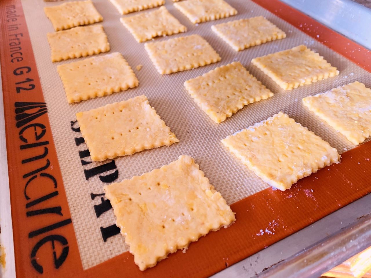Homemade Cheddar Cheese Crackers – Recipe! Image 4