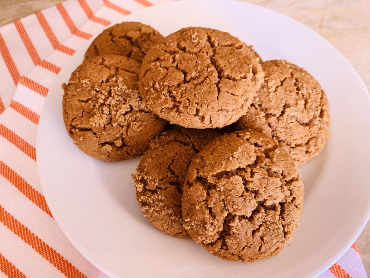 Spelt Ginger Crinkle Cookies – Recipe! Image 2