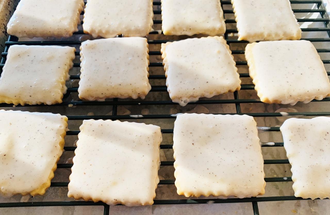 Vanilla Bean Glazed Shortbread Cookies – Recipe! Image 4
