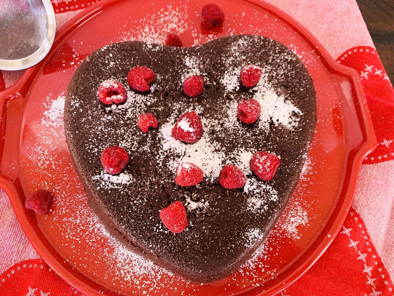 3-Ingredient Flourless Chocolate Heart Cake – Recipe! Image 2