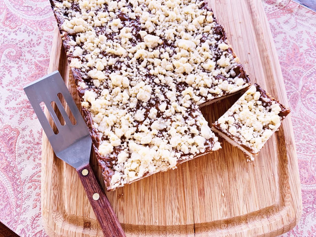 Dulce de Leche Crumb Bars – Recipe! Image 2