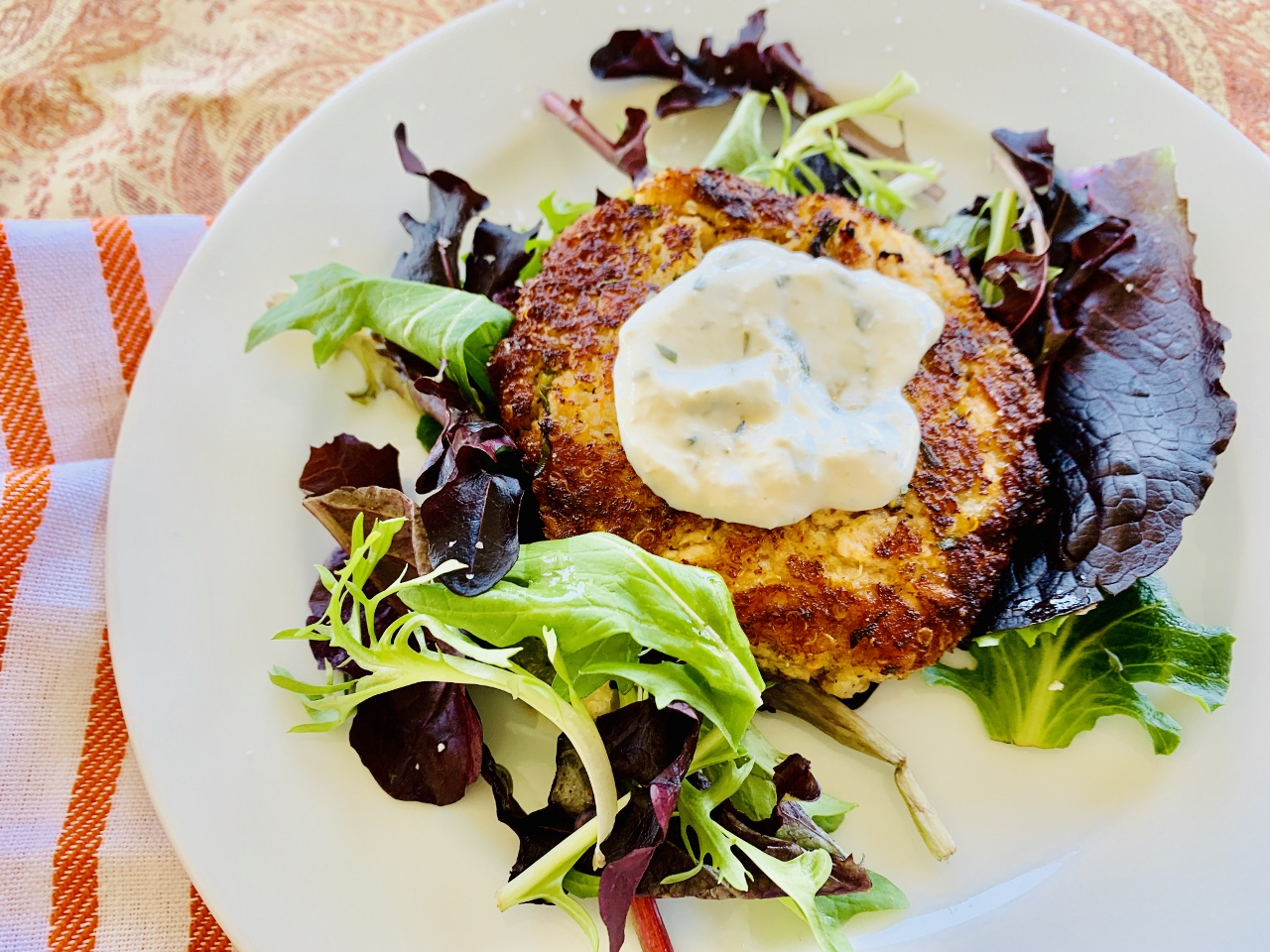 Salmon Quinoa Burgers with Creamy Horseradish Spread – Recipe! Image 3