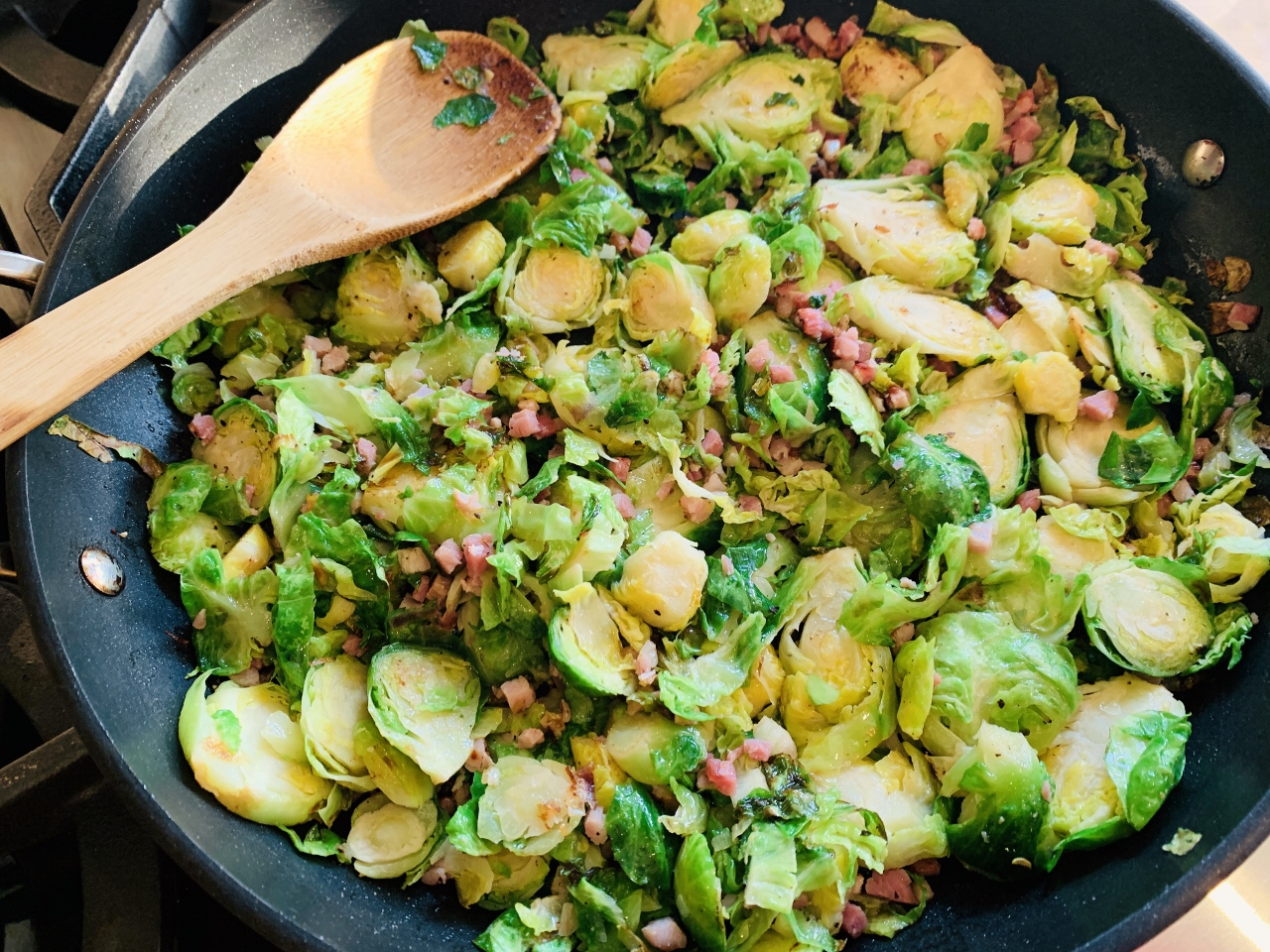 3 Quick & Easy Recipes Using Greens in the Refrigerator! Image 5