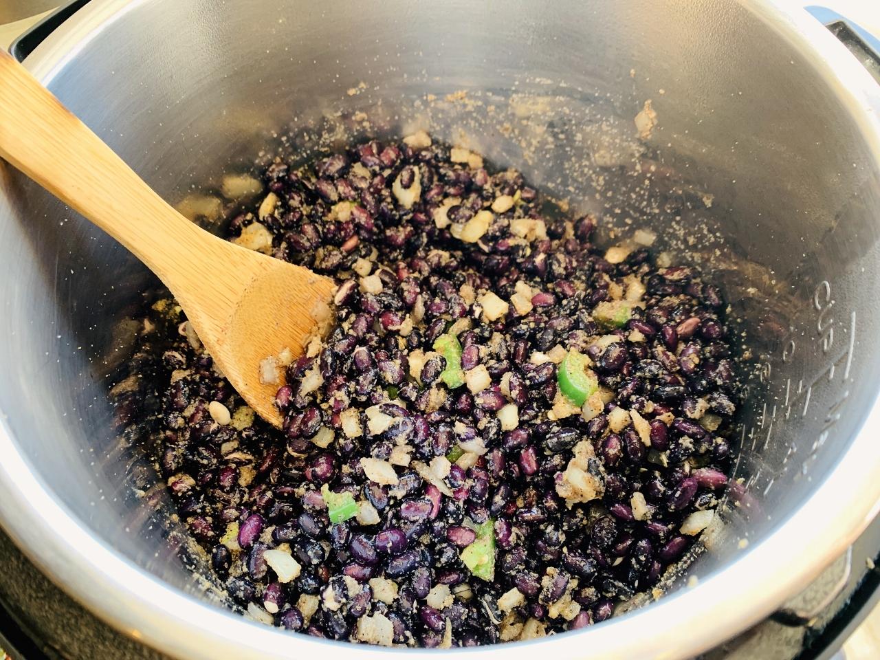 Instant Pot Creamy Black Beans – Recipe! Image 5