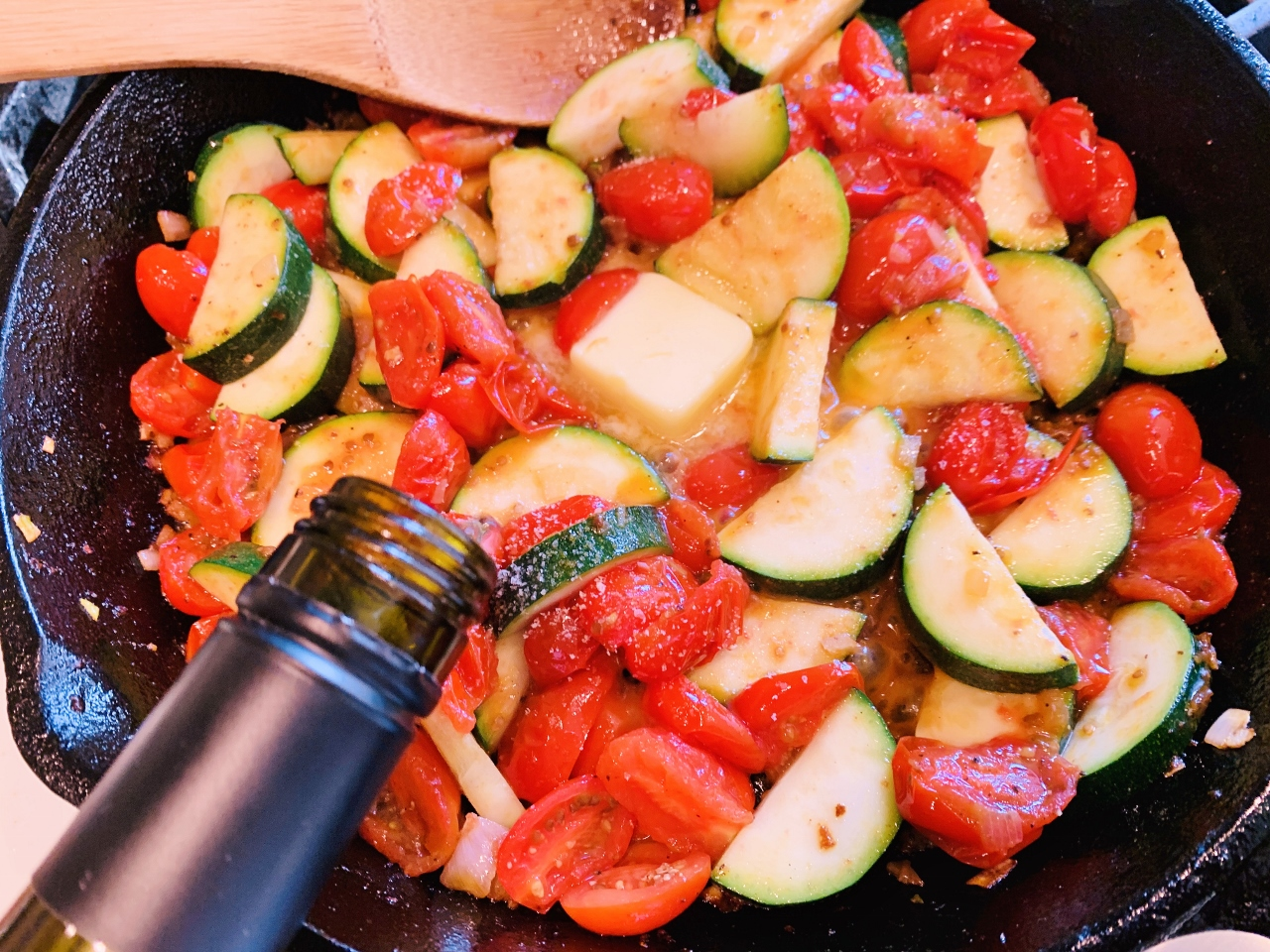 Skillet Bacon-Wrapped Cod with Zucchini & Tomatoes – Recipe! Image 5
