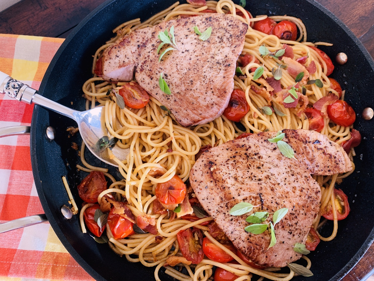 Tuna, Charred Cherry Tomato & Bacon Spaghetti – Recipe! Image 2
