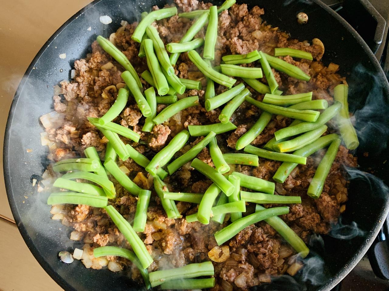 Ground Lamb & Green Bean Lettuce Wraps with Ethiopian Flavors – Recipe! Image 4
