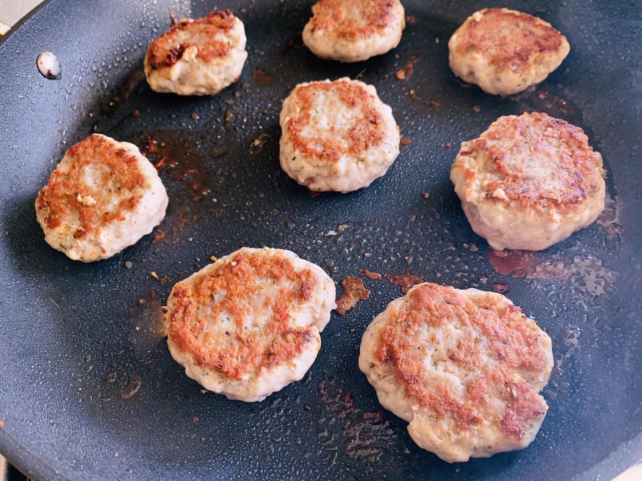 Greek Mini Turkey Burger Lettuce Wraps – Recipe! Image 4