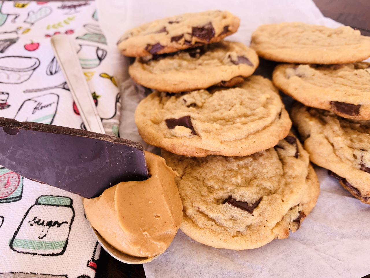 Peanut Butter Chocolate Chunk Cookies – Recipe! Image 2