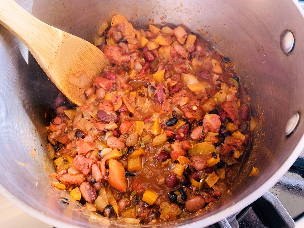 Three-Bean Vegetarian Chili Dogs – Recipe! Image 4