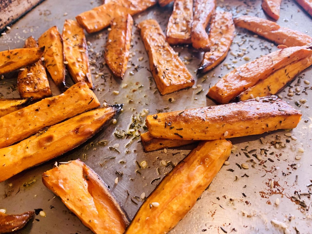 Oven Roasted Za'atar Sweet Potato Fries with Chili Mayo – Recipe! Image 4