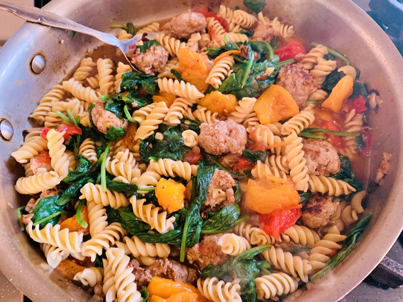 Quick Turkey Meatball Pasta with Tomatoes & Spinach – Recipe! Image 5
