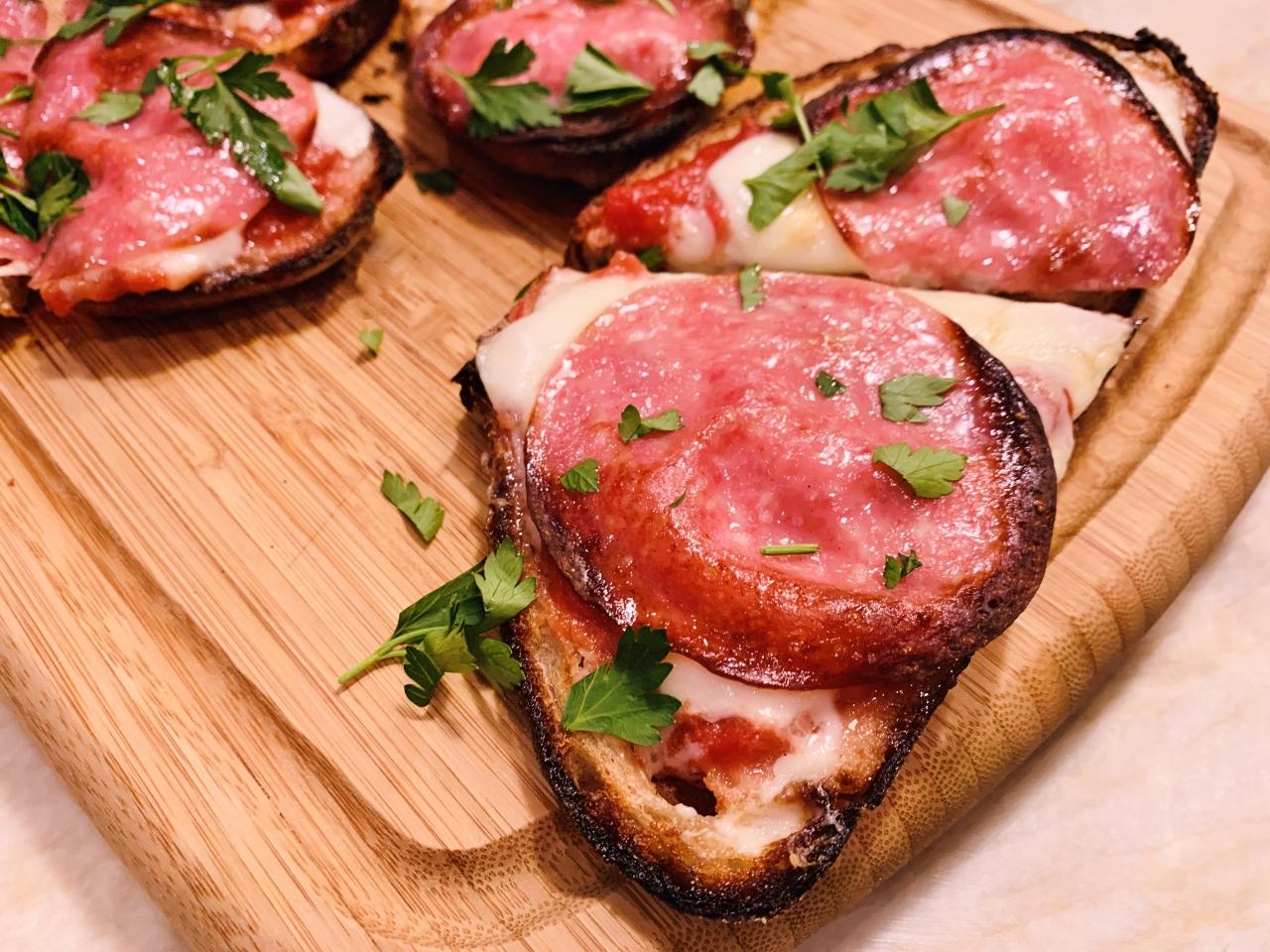 Pizza Tartines – Recipe! Image 5