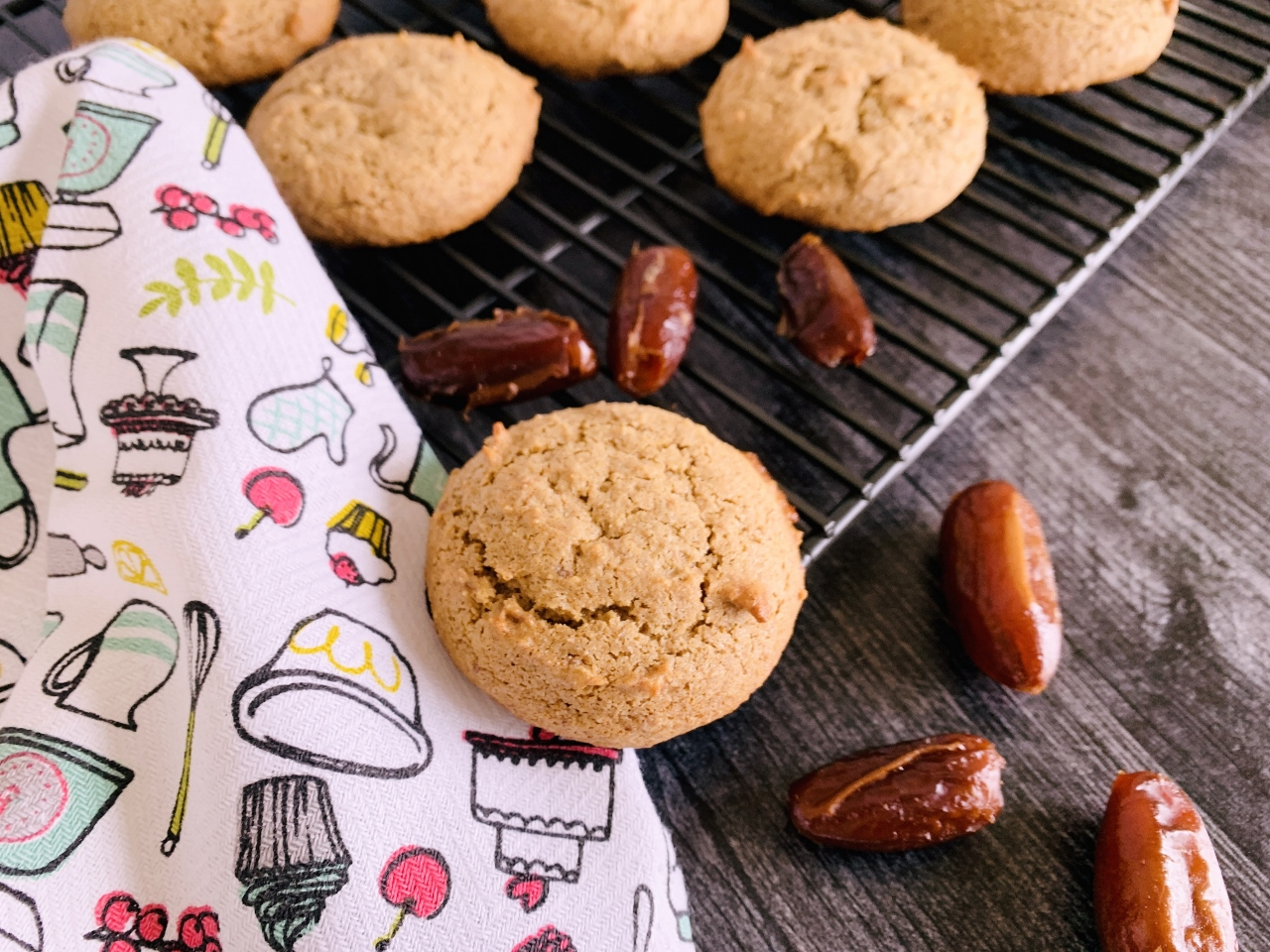 Whole Grain Honey Date Cookies – Recipe! Image 4