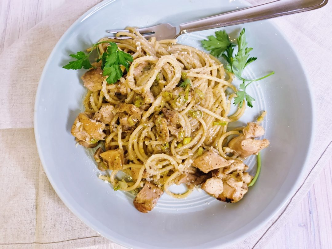 Caramelized Chicken & Green Garlic Pasta – Recipe! Image 1