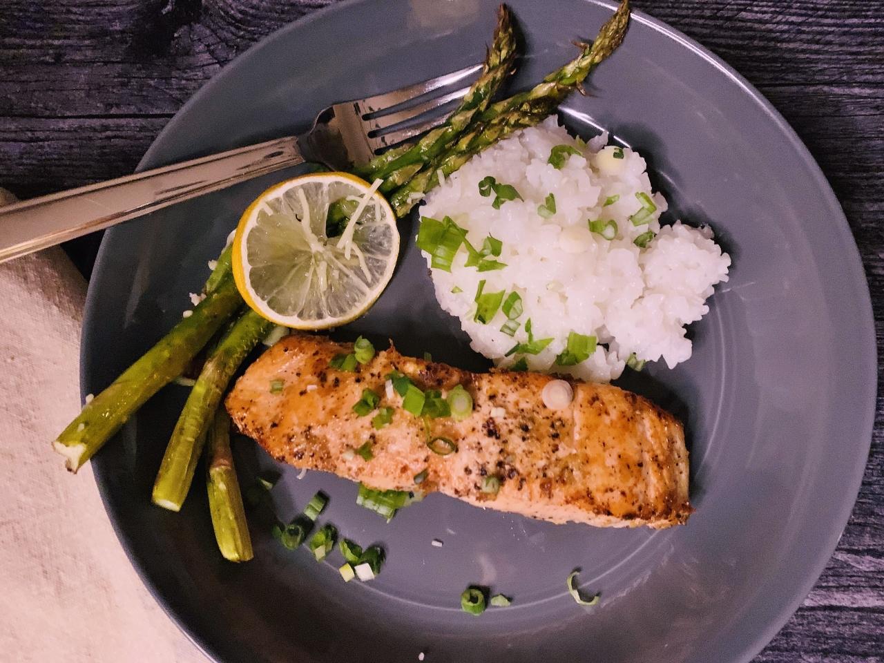 Salt & Pepper Salmon with Roasted Lemony Asparagus – Recipe! Image 2