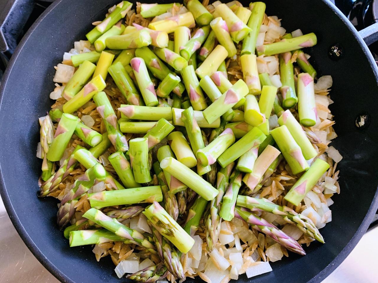 Creamy Whole-Grain Orzo with Asparagus – Recipe! Image 4