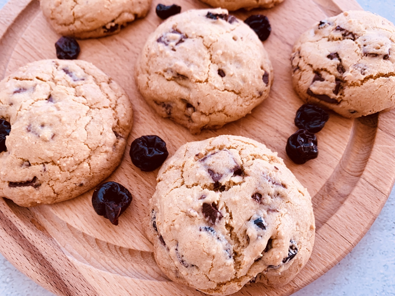 Olive Oil Cherry Chocolate-Chunk Cookies – Recipe! Image 5