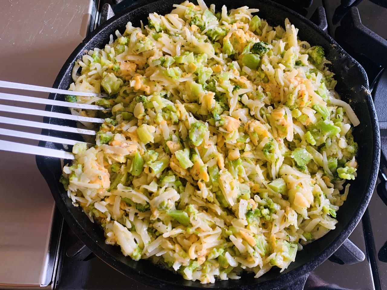 Broccoli-Cheddar Skillet Hash Brown Casserole – Recipe! Image 4