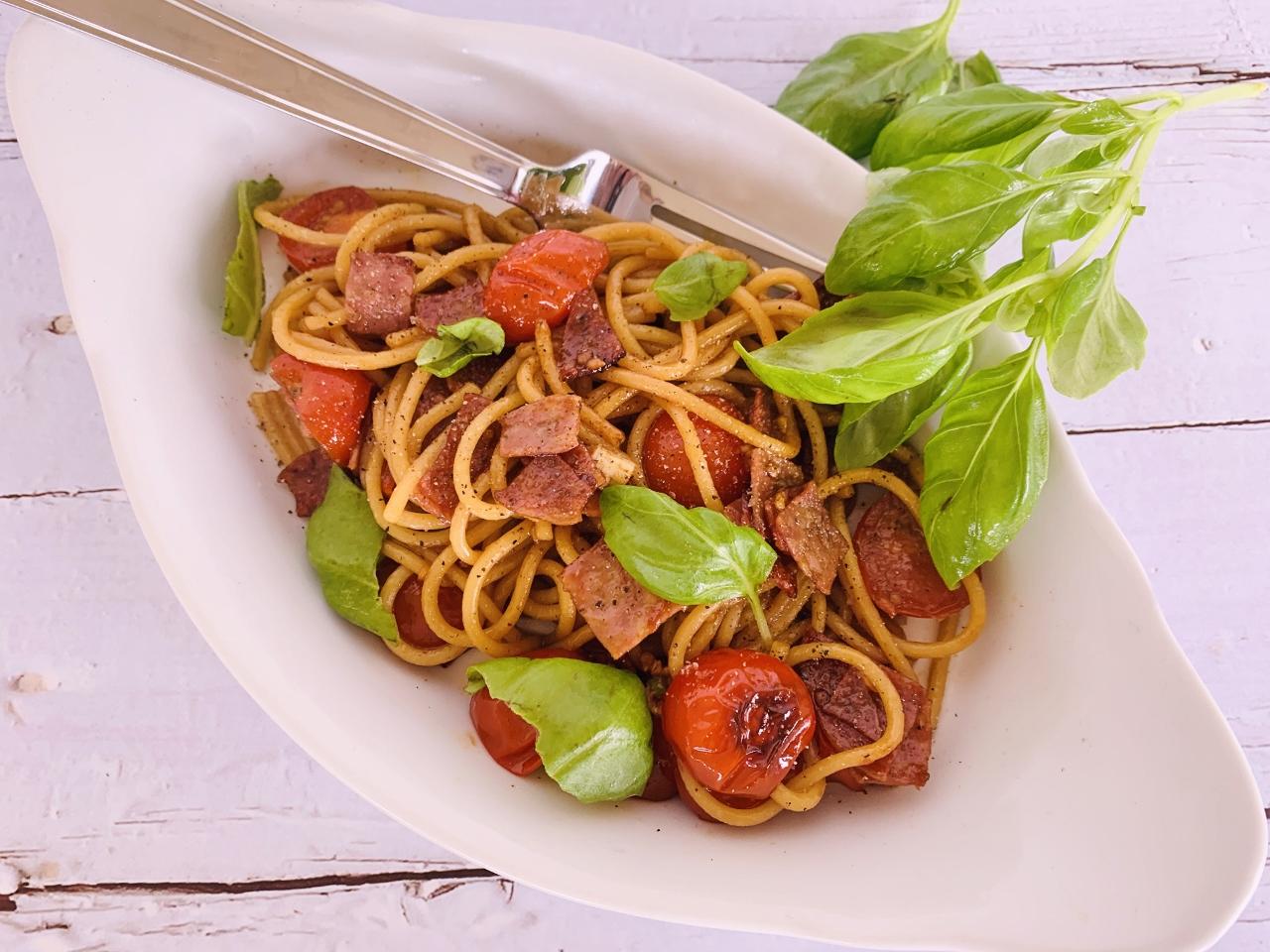 10-Minute Charred Cherry Tomato & Salami Spaghetti – Recipe! Image 5