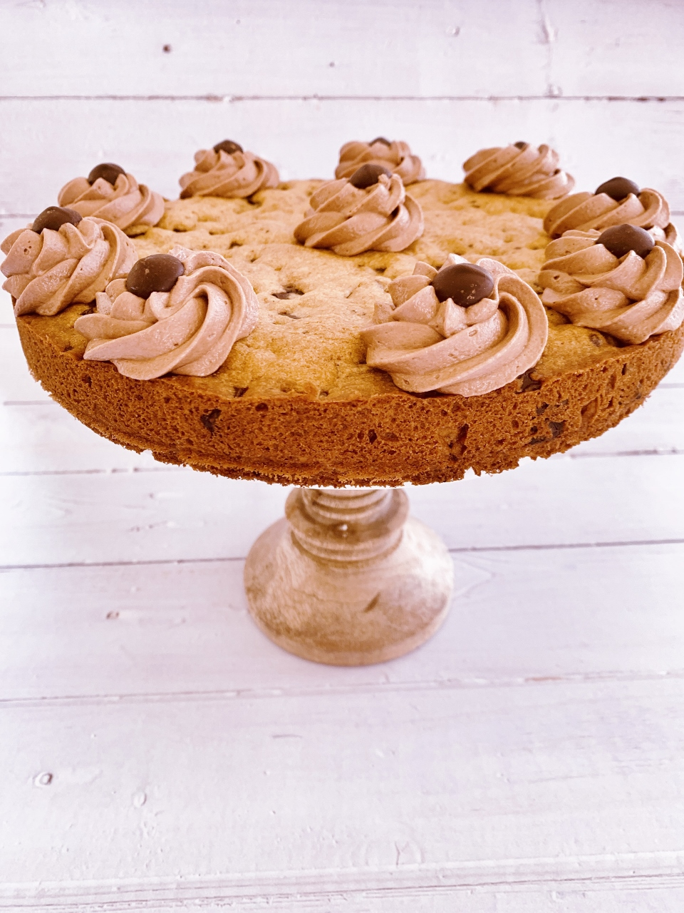 Chocolate Chip Cookie Cake with Nutella Buttercream – Recipe! Image 1