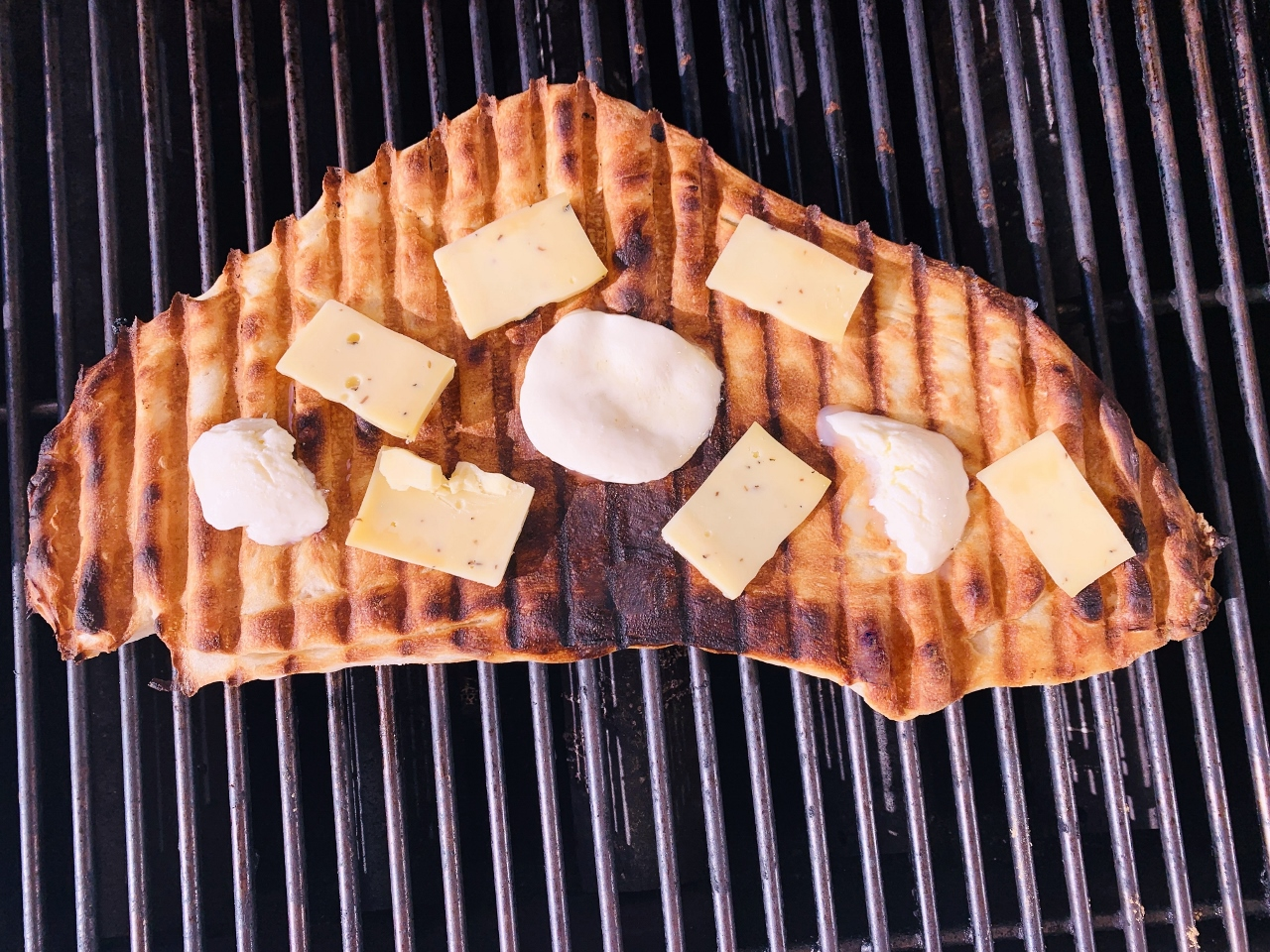 Grilled Flatbread with Truffle Cheese, Roasted Sweet Peppers & Salami – Recipe! Image 4