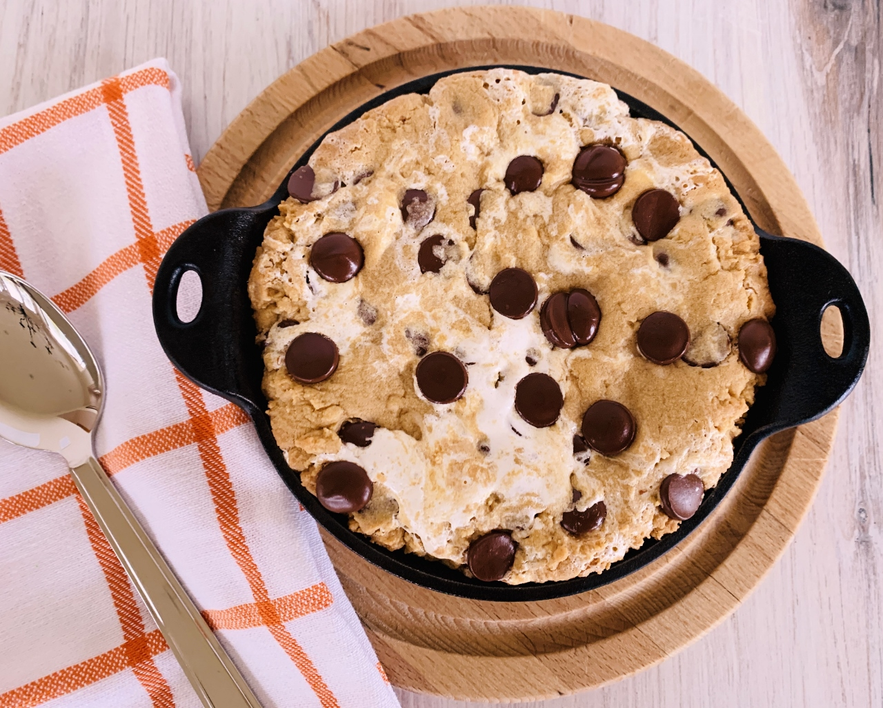 Peanut Butter Chocolate Chip & Marshmallow Pan Cookie – Recipe! Image 5