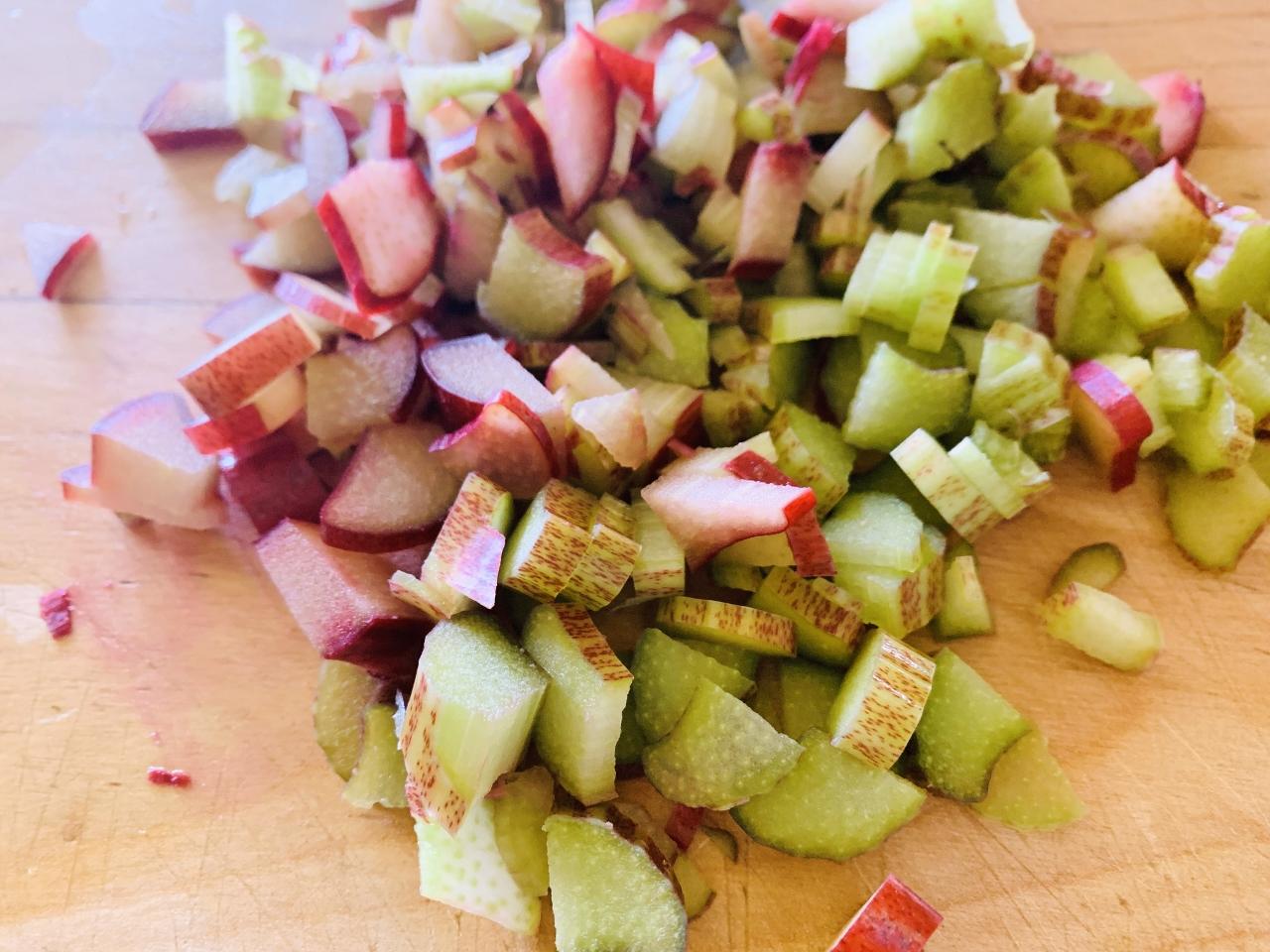 Rhubarb-Raspberry Crumble Bars – Recipe! Image 3