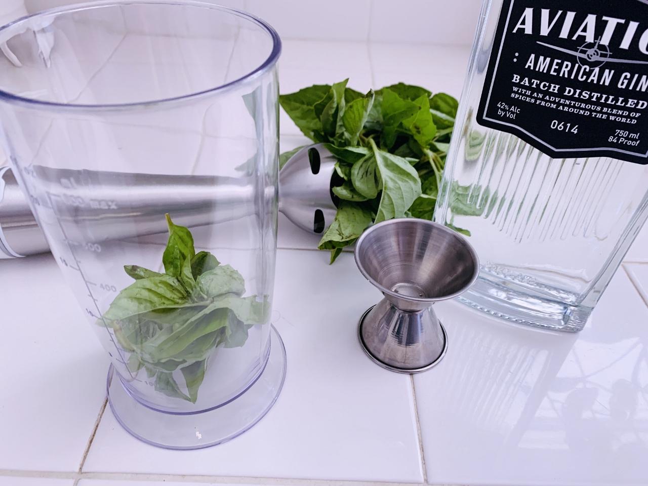 Basil Cucumber Gin & Tonic – Recipe! Image 3