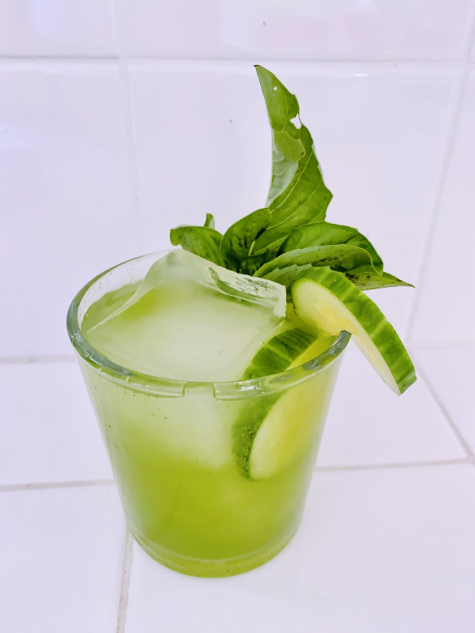 Basil Cucumber Gin & Tonic – Recipe! Image 2