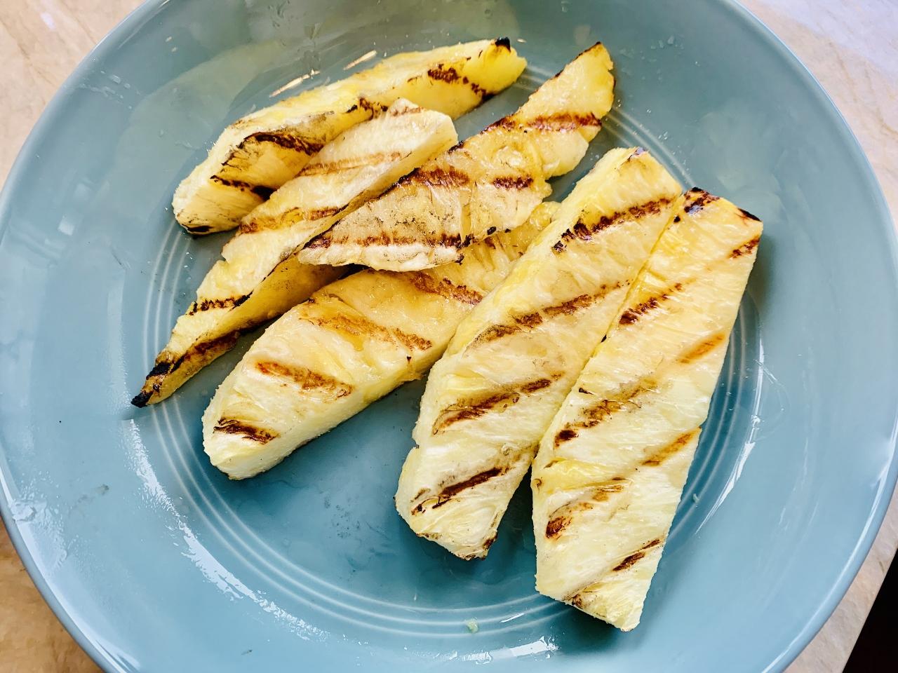 Grilled Pineapple Mojito – Recipe! Image 3