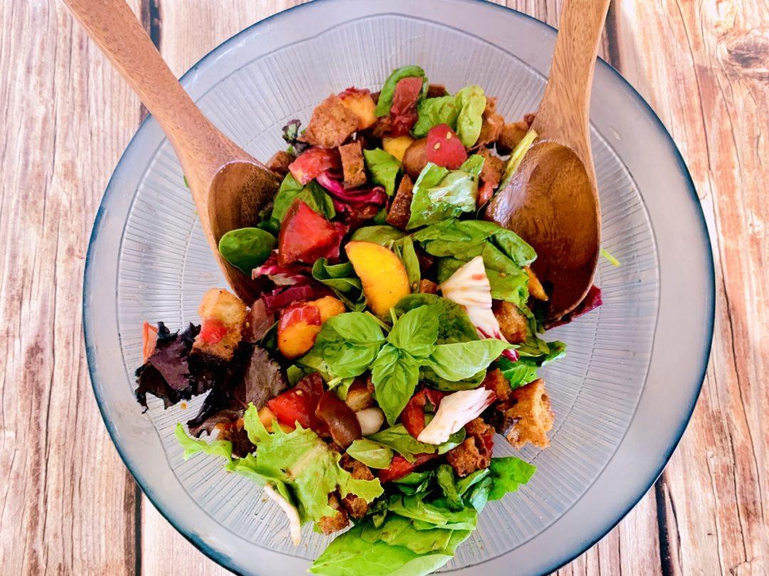 Panzanella Salad with Peaches, Tomatoes & Basil – Recipe! Image 1