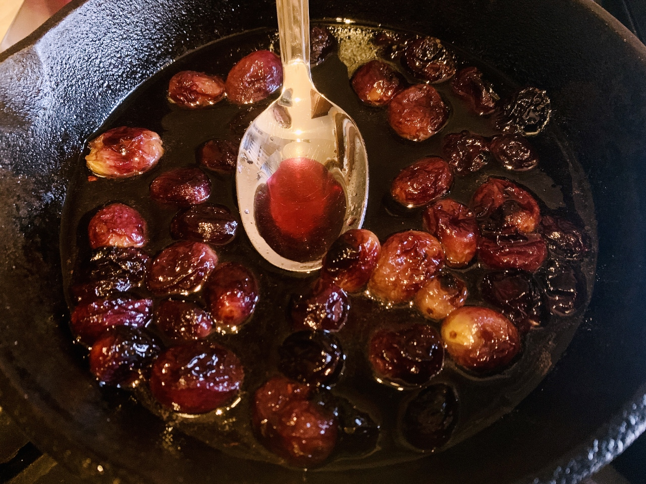 Warm Brie with Honey Roasted Grapes – Recipe! Image 4
