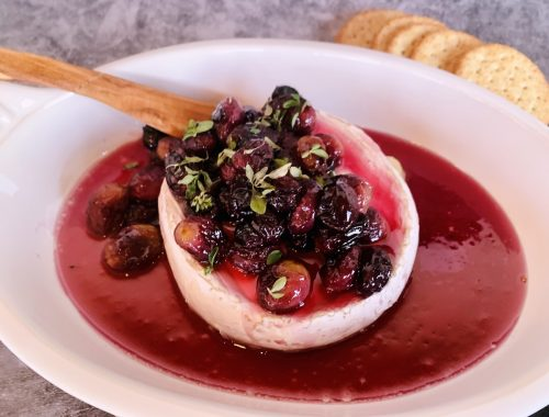 Warm Brie with Honey Roasted Grapes – Recipe!