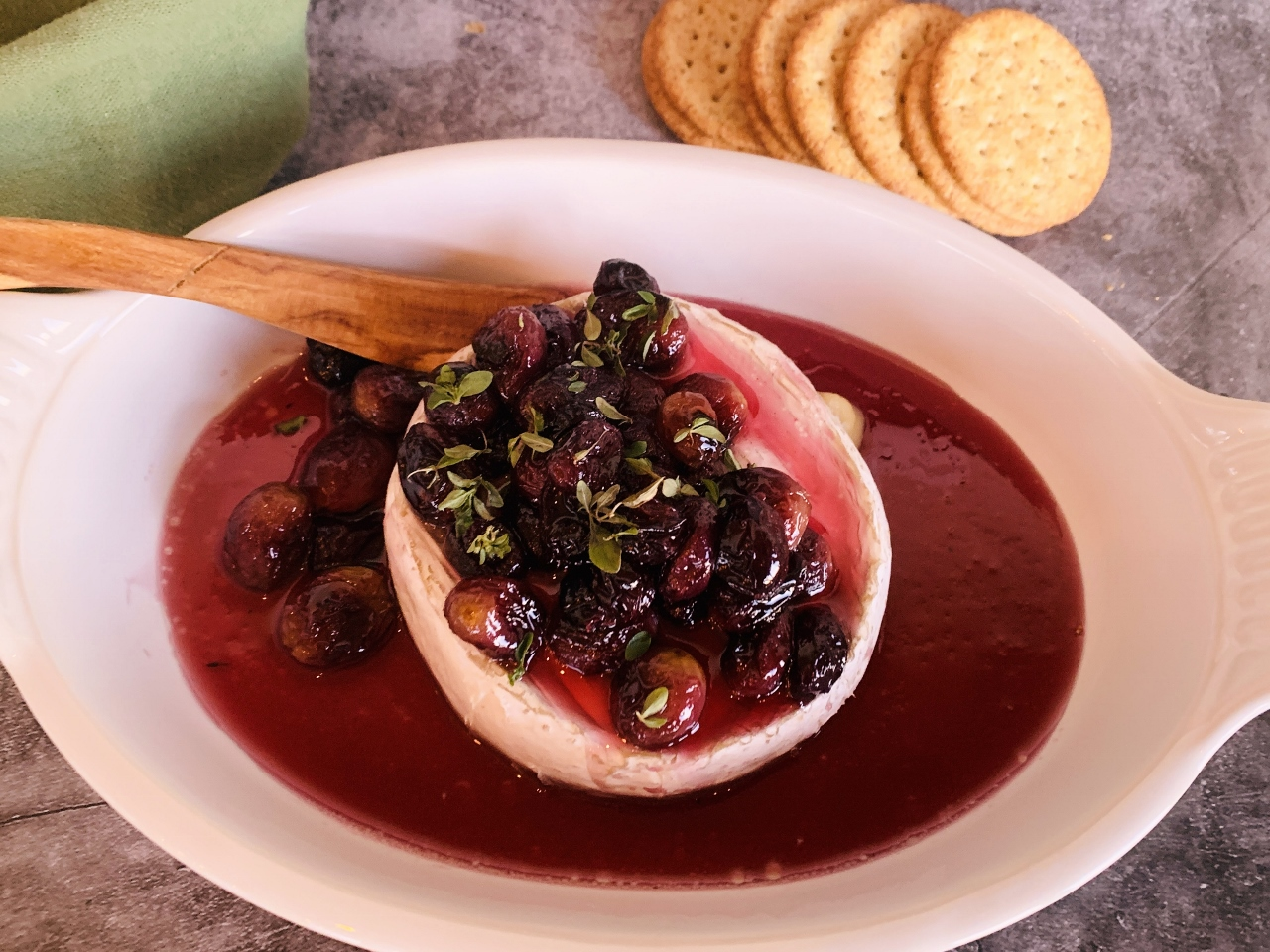 Warm Brie with Honey Roasted Grapes – Recipe! Image 5