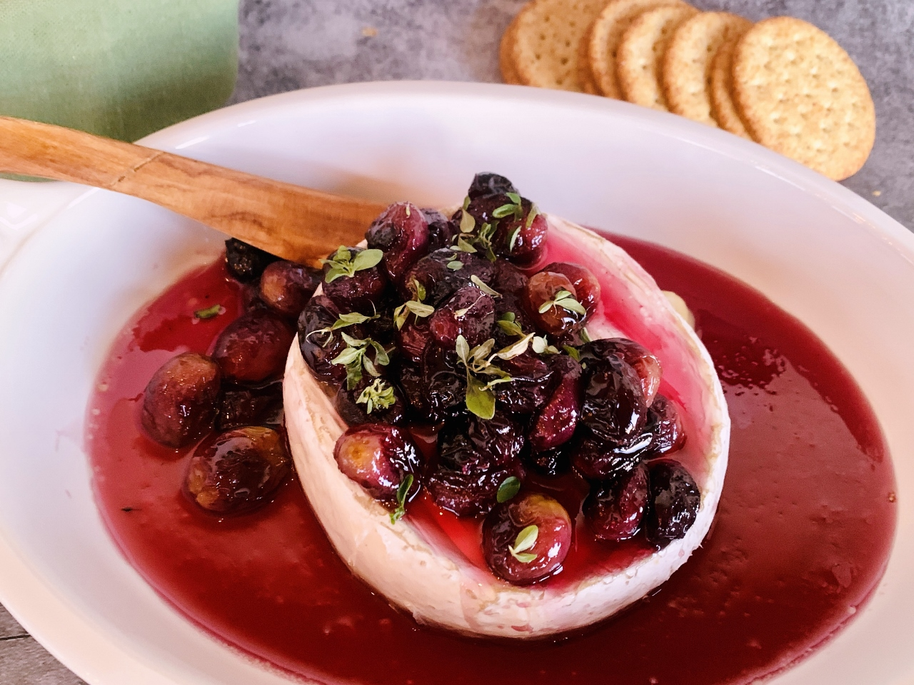 Warm Brie with Honey Roasted Grapes – Recipe! Image 2
